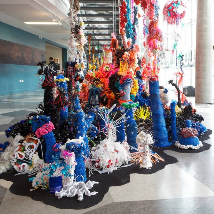 Reef sculptures with staircase